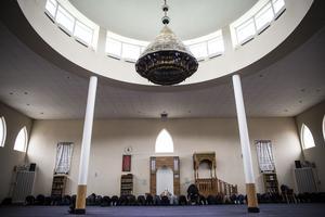 Bön i Uppsala moské.