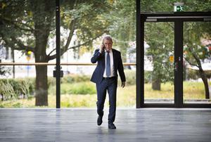 Enligt Anders Teljebäck (S), ordförande i Västmanlandsmusikens styrelse, finns kompetensen redan inom den egna organisatioen och någon ny direktör behöver inte rekryteras.