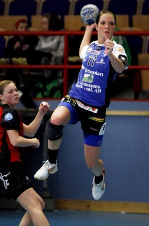 Snuvad på Sävehof. VI:s Emma Danielsson får inte spela premiärmatchen.Foto: Jonas Bilberg/Arkiv