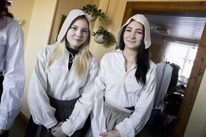 cecilia Enberg och Ellinor Berglund har valt att kallas för  Stina och Margot inför tidsresan.