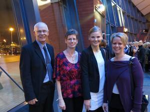 Sten Skelander, Yvonne la Fleur, Sofia Kjerstensson och Christina Boogh hade stora förväntningar på jubileumsfesten.