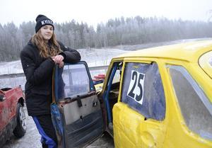 Det har blivit en familjetradition att ägna sig åt folkrace. Matilda Karlsson från Sunnansjö berättar om föräldrar och morföräldrar som åkt.