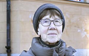 Gudrun Forss, 71, pensionär, Jakobsberg: – Jag och min man Torbjörn åkte bil i Kalifornien. Vi hade med oss en känd advokat som var Brad Pitt.