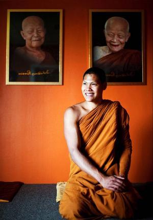 Phra Athaphong Molen kommer ursprungligen från Norge och har varit munk sedan juli förra året.