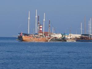 Gületbåt i Kemer hamn.