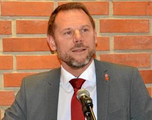 Det blir inte lätt att vända på den skutan, men vi har inte gett upp. Andreas Svahn (S) om förslaget att lägga ned trafikledningscentralen i Hallsberg.