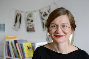 Josefin Olevik är positivt överraskad av all hjälp och allt stöd hon får av människor omkring sig. Hon är ensamstående förälder, men inte ensam.