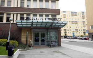 En Sundsvallsbo åtalas för omfattande Blocket-bedrägerier.