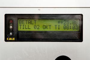 Det krävs ytterligare tio kronor innan automaten slår över på nytt datum.