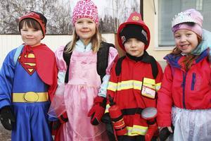 Stålmannen, en brandman och prinsessor kunde man också se bland de utklädda barnen.