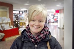 Sandra Sandberg, 35, Hudiksvall:– Man gillar ändå att veta. När man ringer så ser man riktnumret, om det till exempel är Örebro. Men det går väl ändå, utvecklingen går vidare.