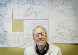 Jan Lindström har en yrkeskarriär som tecknare av teknisk dokumentation bakom sig.