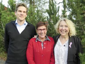 Myrviken hälsocentral är Årets hälsocentral. Johan Färnkvist (ST-läkare), Maj-Britt Carlsson (undersköterska) och Anna-Karin Nilsson (verksamhetschef) trivs bra på sin arbetsplats.