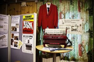Inför kvällen fanns en utställning om Tommy Höglund.