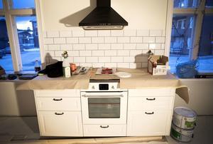 Modernt men ändå tidslöst, är tanken bakom köksinredningen.