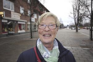 Maj-Britt Cronqvist, 69 år, pensionär, Riddarhyttan: – Det har blivit plastgran de senaste 25 åren eftersom min son är allergisk mot vissa blommor och kvalster.