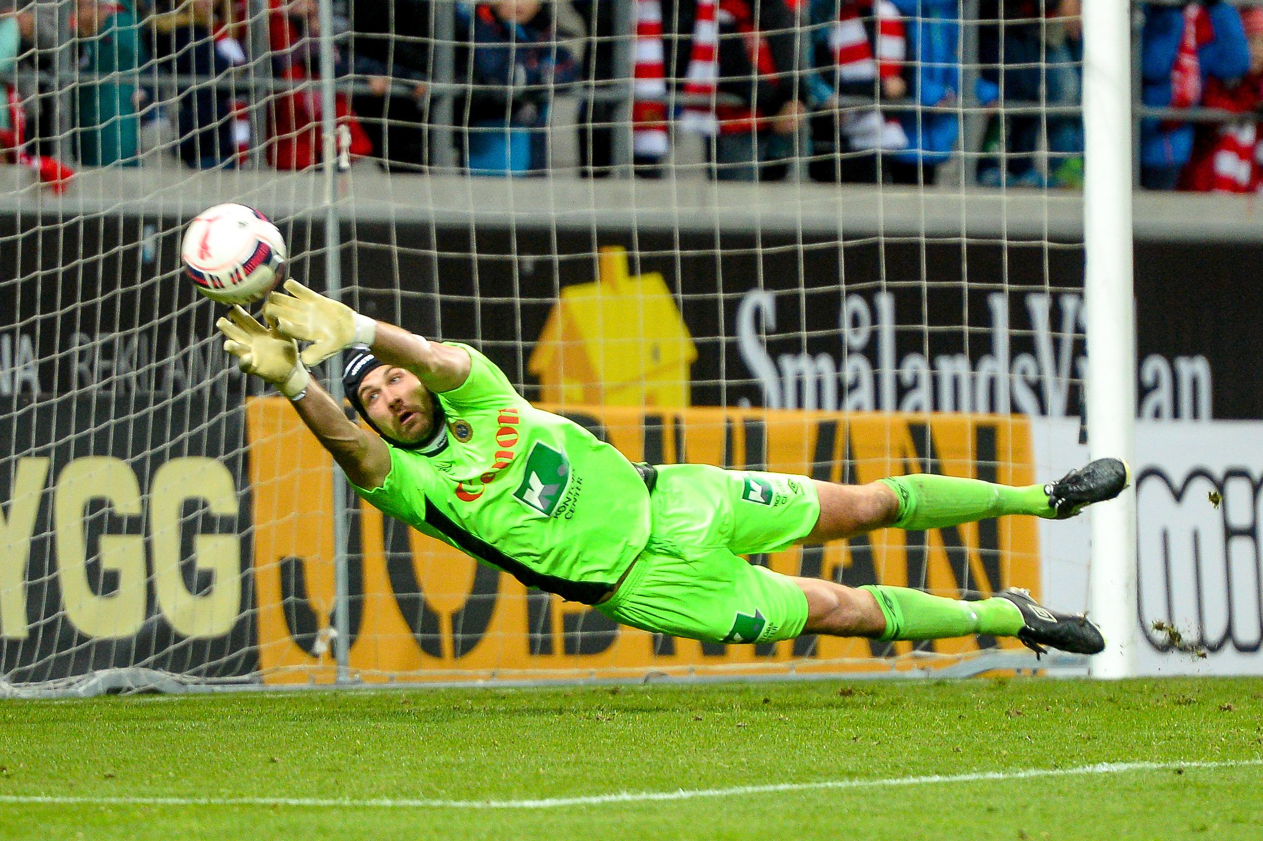 Welbeck klar for spel mot italien