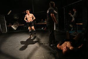 Robin Roos avslutade sin motståndare.