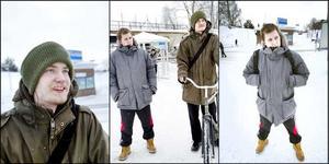 Både Micael Eriksson (i grå jacka) och Emil Dahlbom blev överraskade när de fick beskedet om fast jobb på Sandvik.