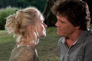 kÄRLEKSPROBLEM. Sally (Naomi Watts) och Roy (Josh Brolin) lever i ett stelnat äktenskap.