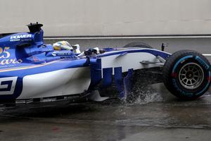 Marcus Ericsson var långsammast under första träningspasset i Japan.