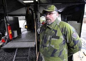 Kokgruppchefen Kjell-Åke Berglund, Fränsta, har 15 år bakom sig i hemvärnet.