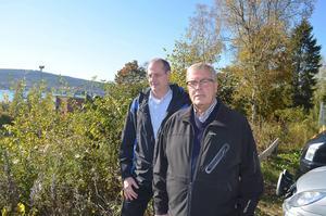 Martin Eriksson och Kjell Andersson, sekreterare respektive ordförande, i bostadsrättsföreningen Kranen vill sälja ett attraktivt markområde i Skönsberg som ska användas till bostäder.