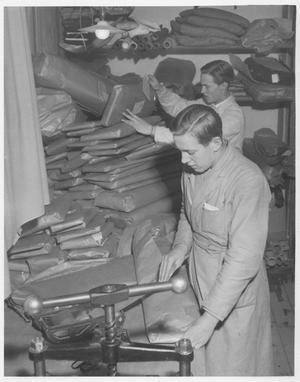 Postorderförsäljningen gick strålande och många paket skickades från Hudiksvall.