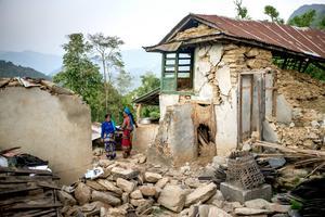 Jyamrung är till stor del jämnad med marken och inte många byggnader återstår. Foto: Jonas Gratzer