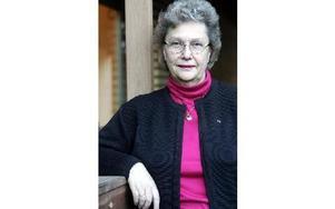 Bidragen måste räcka till alla som behöver, säger Lilian Eriksson (M).