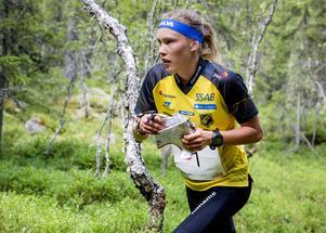 Tove Alexandersson var som väntat snabbast av alla på ultra-SM utanför Örebro.