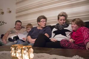 Familjen Jansson-Hedman-Nordh gillar att umgås över generationsgränserna. Så mycket att man till och med funderar på att flytta ihop.