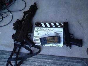 Skarpladdade vapen eller bara attrapper för en filminspelning?