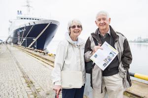 Hazel och Ian Robinson beger sig ut för att upptäcka centrala Örnsköldsvik.