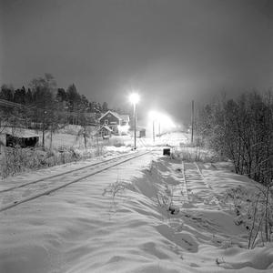 Tåg. Järnvägsstationen vid Lienshyttan.