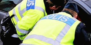 En man i 20-årsåldern misstänks för flera brott.