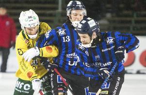 Tobias Andersson, Sirius (i mitten) sitter i samma situation som Tillbergas Jimmy Jansson och riskerar att bli ettårsfall om inte klubbarna inte kommer överens om utbildningsersättning.