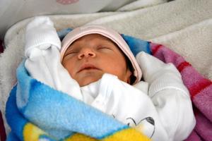 Lilla Mariam föddes på Sundsvalls sjukhus i måndags. Hennes ankomst blev dramatisk.