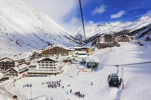 Den österrikiska skidorten Obergurgl är både snösäker och familjevänlig.   Foto: Tatiana Popova/Shutterstock.com