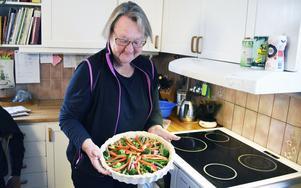 Marit Paulsen gillar att laga mat.