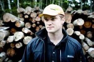 Skogskonsulent Per Ove Torstensson konstaterar att det gamla talesättet att det är mest lönsamt att gallra och röja i tid fortfarande i högsta grad är aktuellt.