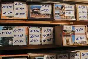 I Lars Viklunds källare finns rad efter rad av välsorterade vykortslådor, som ett monument över hans fotografiska livsgärning.