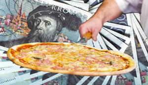 Genom möjligheten att göra svarta inköp misstänks Med Food ha hjälpt ett 70-tal restauranger att stoppa undan mångmiljonbelopp från beskattning.