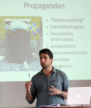 Jonathan Leman från Expo föreläste för bland annat skolpersonal om vit maktrörelserna och nynazism.