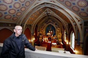 Kyrkan som stod färdig år 1882 är i dag Sveriges äldsta bevarade katolska kyrka.– Eftersom byggnaden är k-märkt får jag inte göra om någonting utan att först ta kontakt med kommunen, säger Kurt Bengtsson.