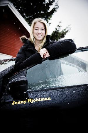 Jenny Hjohlman glänser även i blågult.