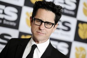 Regissören JJ Abrams är medveten om att han inte kommer att kunna tillfredsställa alla fans med filmen.