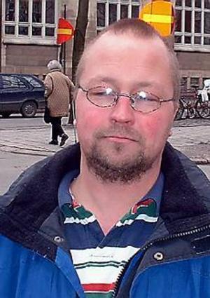 Arkivbild Besviken. - Vi blev orättvist behandlade, vi hade den bästa tidningen, säger en besviken ansvarig utgivare, Ulf Gräsberg.