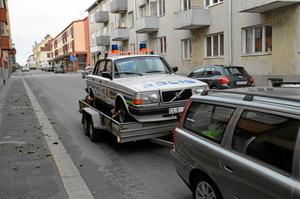 Polis på väg.