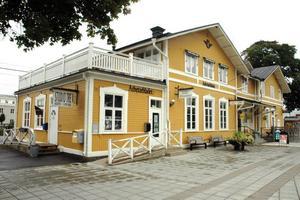 SÄLJS? Tierps kommun kan komma att sälja Tierps stationshus.